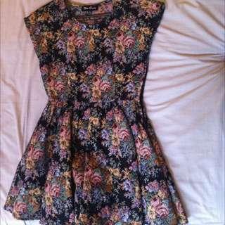 Textured Floral Dress (size 8)