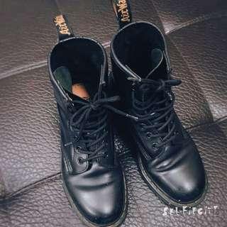 Dr.martens馬汀靴經典款