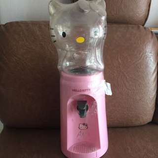 Hello Kitty Dispenser