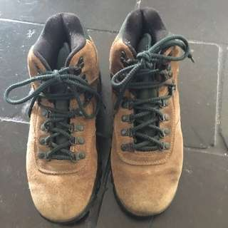 Merrell size 38 Hiking Boots