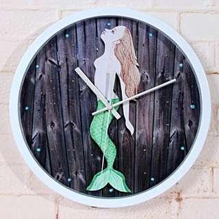 🚚 童話小美人靜音時鐘掛鐘壁鐘
