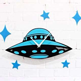 🚚 UFO飛碟太空船靜音時鐘掛鐘壁鐘