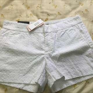 Banana Republic 氣質白短褲