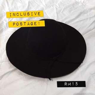 //USED Black Wide Round Brim Hat
