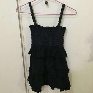 黑色娃娃上衣