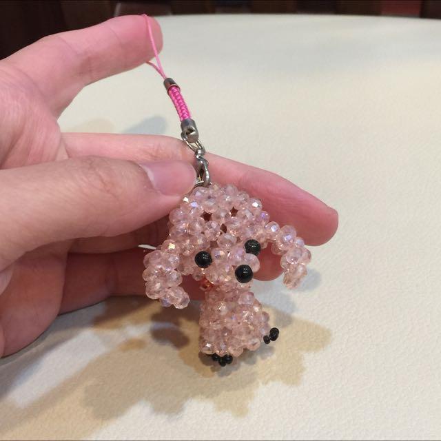 粉紅色貴賓狗串珠吊飾