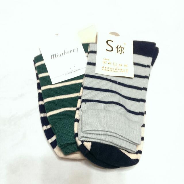 可愛線條長襪