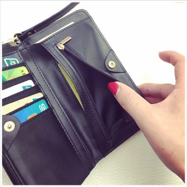 素面皮革手機小包-咖啡色