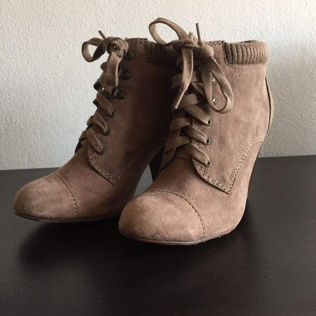 ON HOLD - Forever 21 Boots - Size 6 - Never Worn