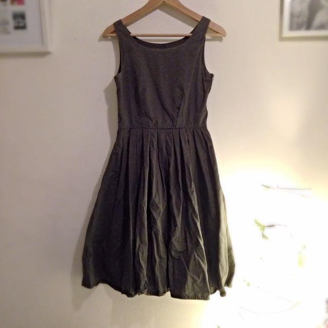 Gorman 50s Style Circle Skirt Khaki Green Sleeveless Midi Dress