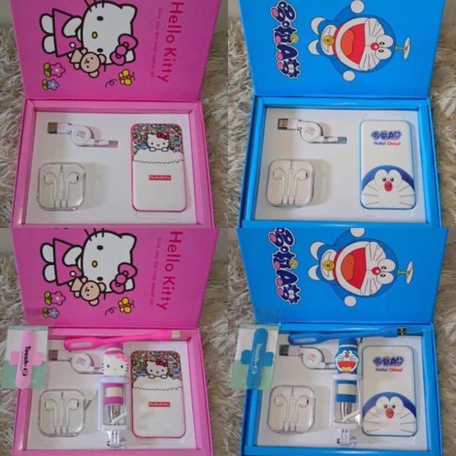 禮盒包裝Hello kitty 哆啦A夢行動電源組