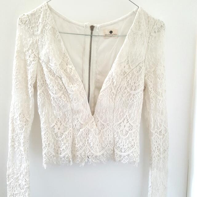 Lace Long Sleeve Crop Size 8