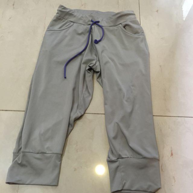 二手Lativ Dry fit七分運動褲