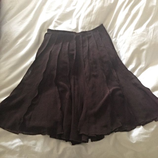 Pleated brown Size 8 Women's Skirt