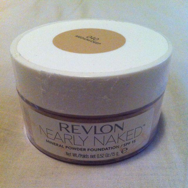 Revlon Nearly Naked Mineral Powder Foundation