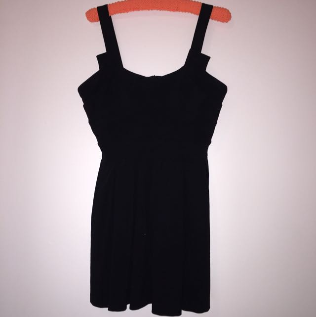 Sheike dress size 14