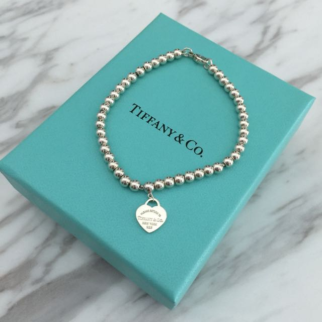49e381796 Authentic Tiffany &Co Return To Tiffany Mini Heart Tag In Sterling Silver Bead  Bracelet, Women's Fashion on Carousell