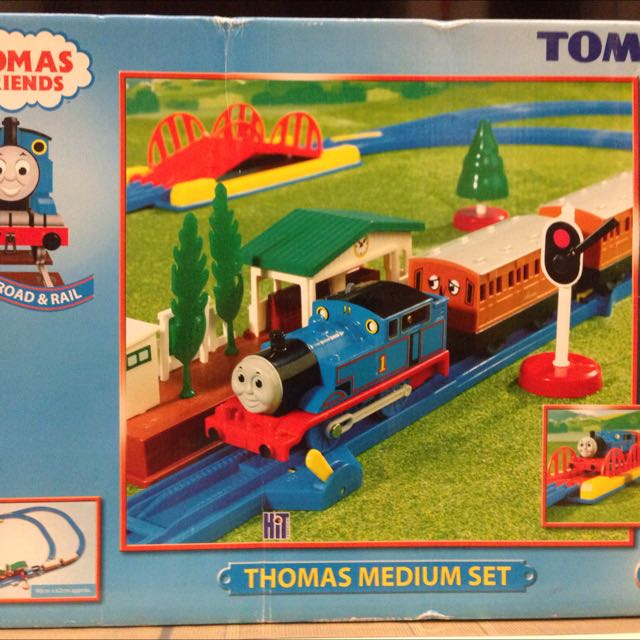 Tomy - Thomas & Friends Medium Set