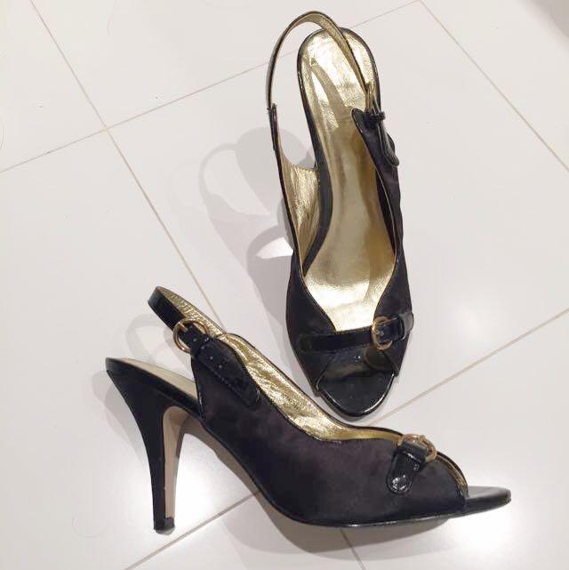 Vintage Gold & Black Buckle Heels Size 8