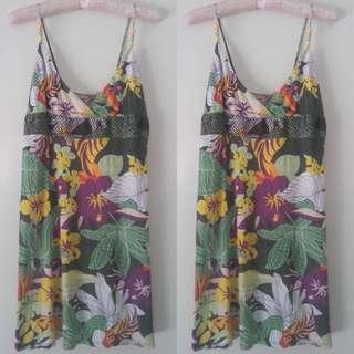 Size M - Flowery Dress