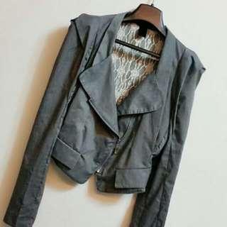 韓 灰色蕾絲質感短版西裝外套