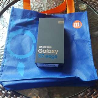 Brand New Samsung Galaxy S7 Edge 32gb Gold . 17/5 Purchased Date. (Reserved )