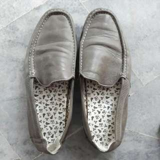 Valentino Rudy Loafers Grey
