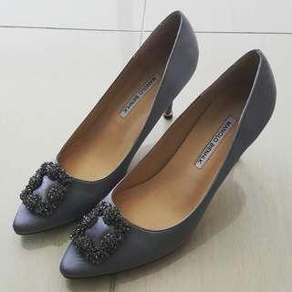 Manolo blahnik replica heels.grey.size 38.