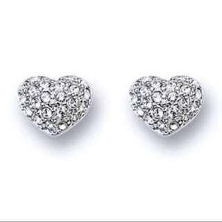 📍ON HOLD📍PRICE REDUCED‼️ Swarovski Heart Stud Earrings