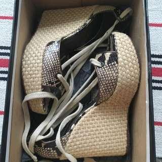 全新超美theory 蛇紋草編綁帶涼鞋