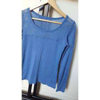 Size XS - Lorna Jane Long Sleeve Mesh Top