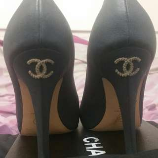Chanel Blue Escarpins (Pumps) Diamonte CC REDUCED!! MUST GO