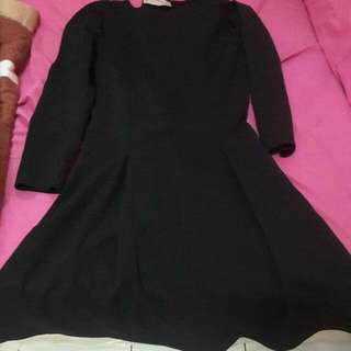 Mini Black Dress #LetGoCarousell