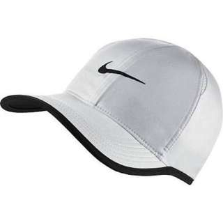 NIKE FEATHERLIGHT CAP WHITE