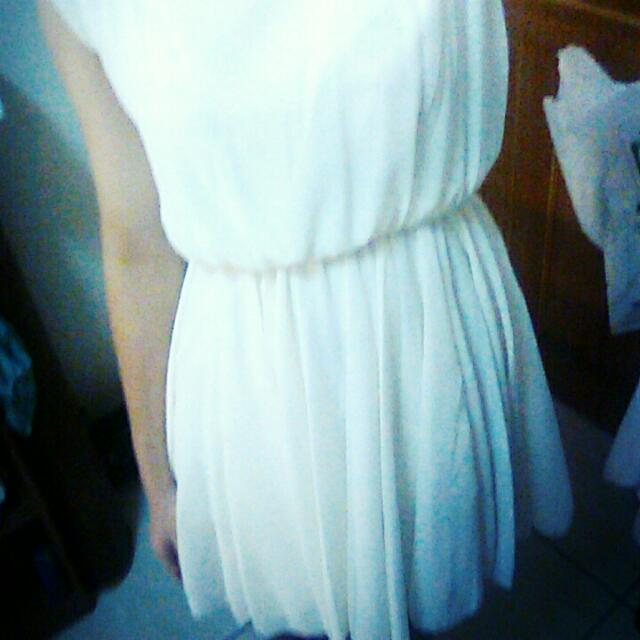 女神級飄逸白薄紗洋裝