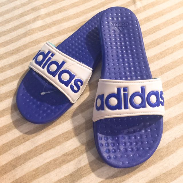 全新 Adidas 拖鞋 24號