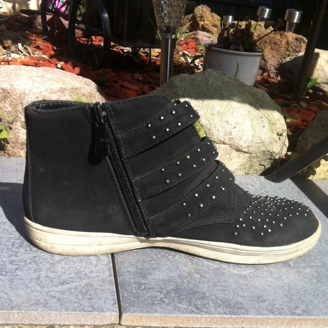Black Eleana Studded Boots