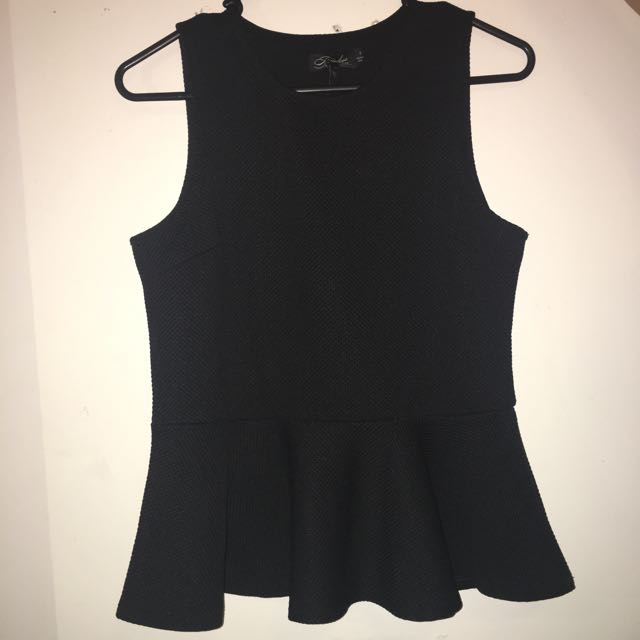 black peplem top