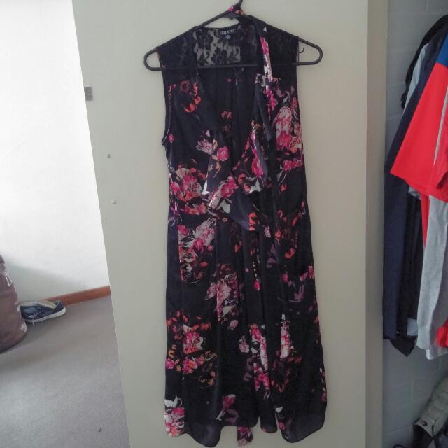 City Chic Floral Lace Dress