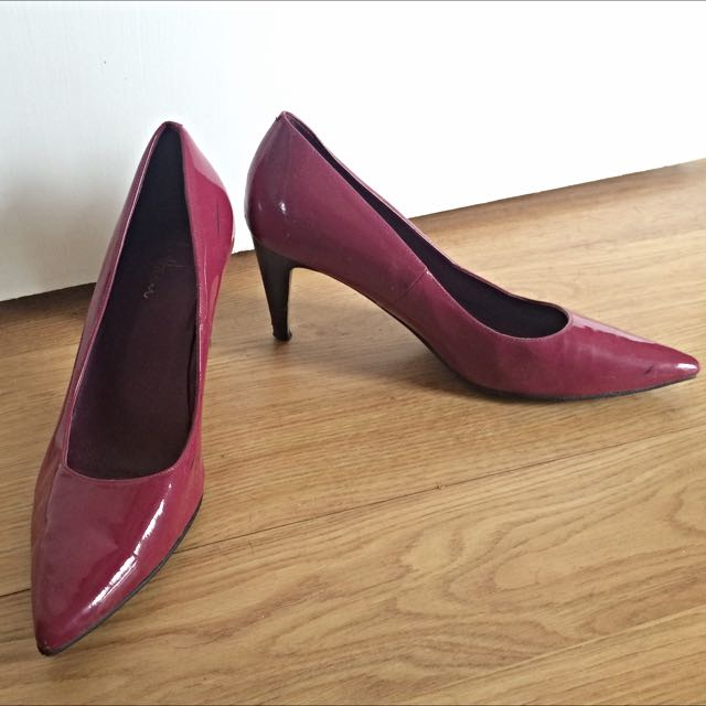Cole Haan Juliana Patent Leather Pump In Fuchsia