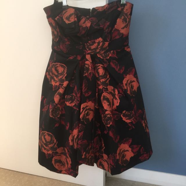 Cue Strapless Dress Size 10
