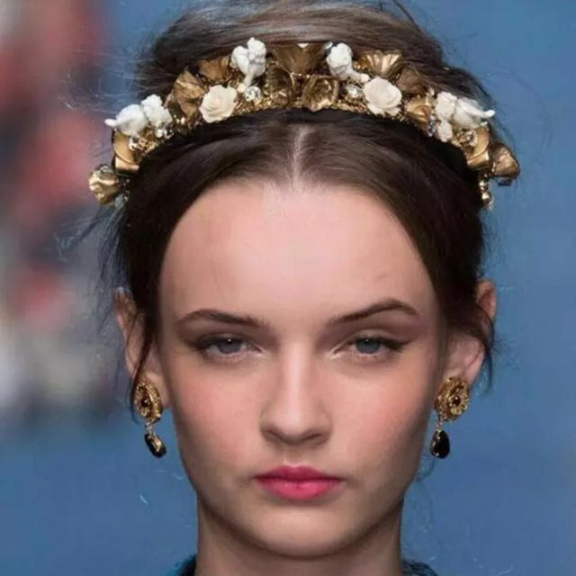 e2dc260b GTS! Dolce & Gabbana Style Headband/ Hairband, Women's Fashion on Carousell