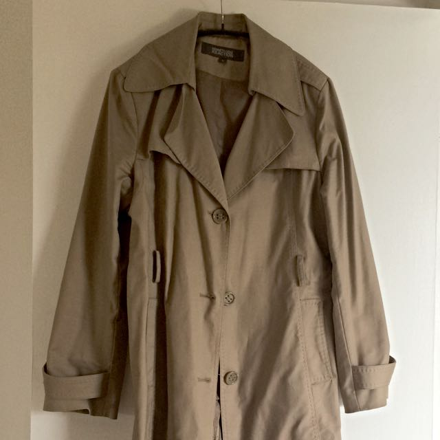 Kenneth Cole trenchcoat