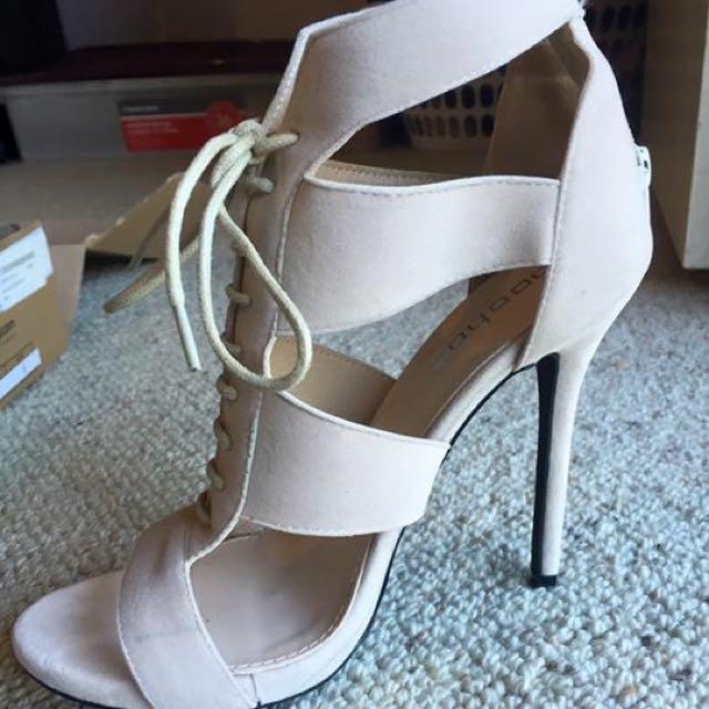 Nude High Heels- Size 7