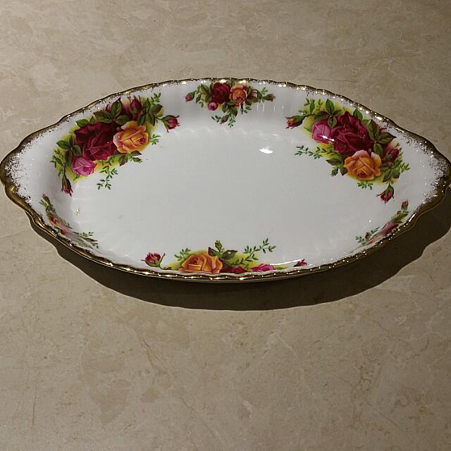 Old Country Roses Royal Albert Regal Tray Made In England  Bone China