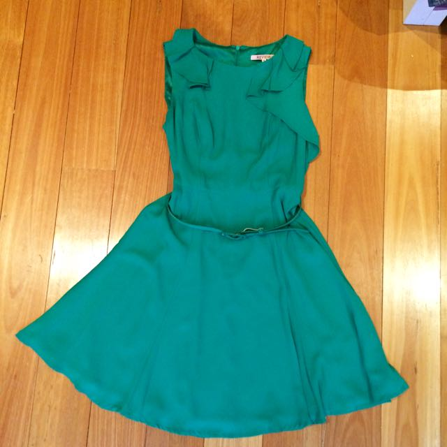 PRICE DROP Review Green Dress