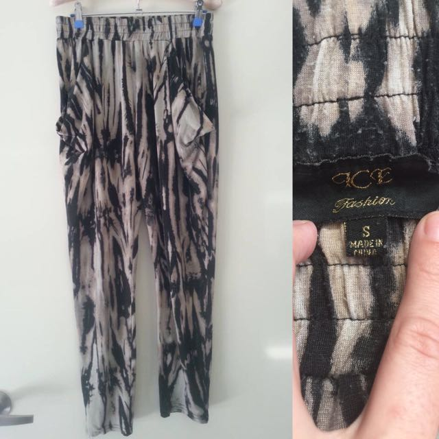 Size S - Black & Cream Pants