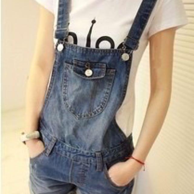 可愛牛仔背帶短褲(S,M,L,XL) $350