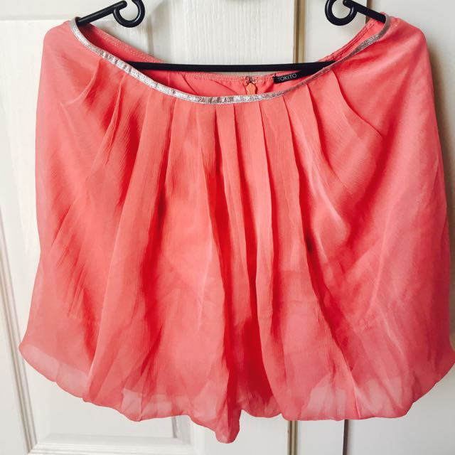 Tokito Coral Shiffon Balloon Skirt Size 10