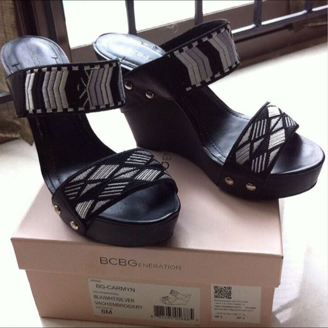BCBG wedges